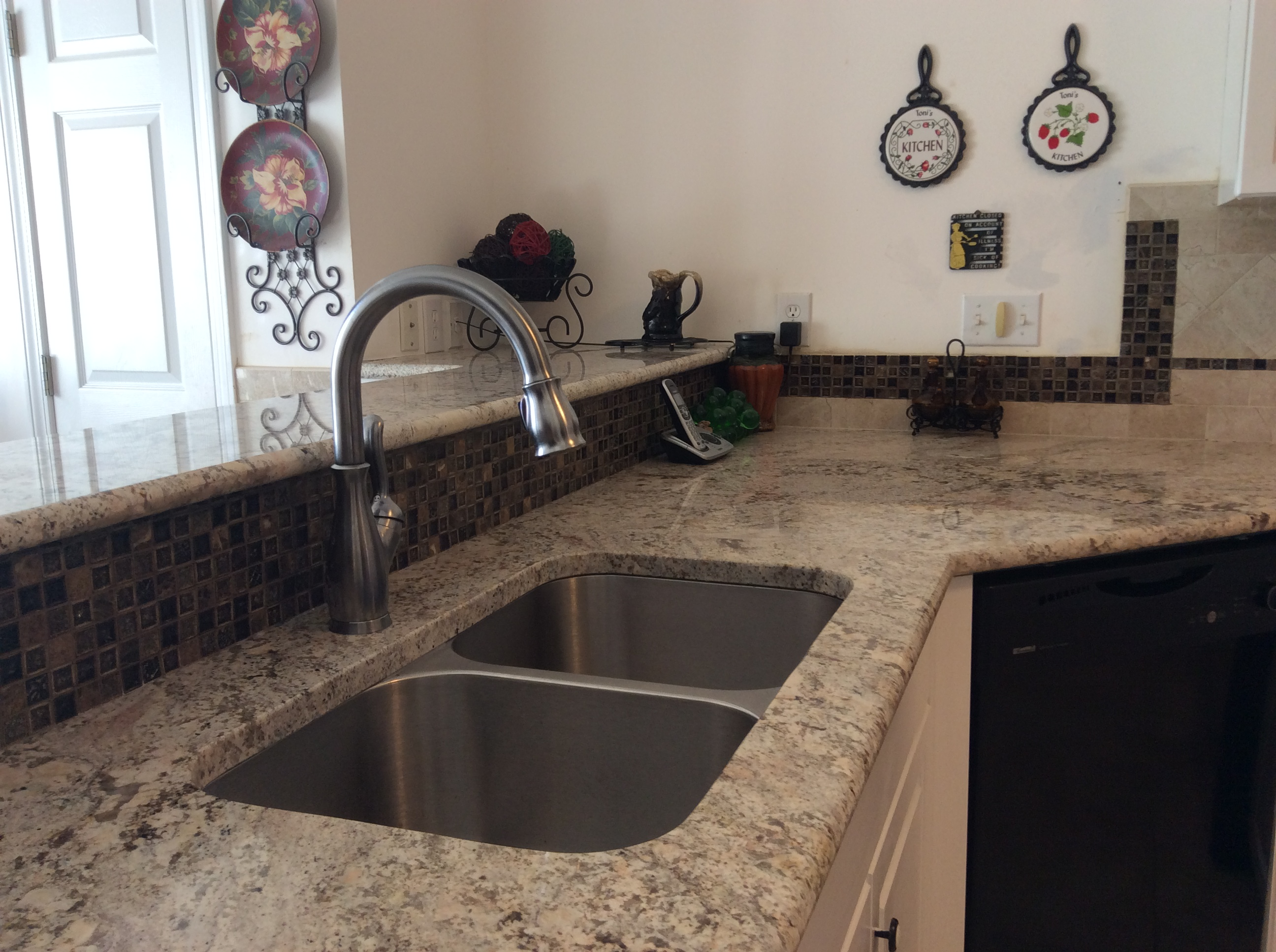 Marvelous Professional Granite Countertop Installation